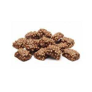 Núcleo de toffee recubierto con chocolate con leche y arroz hinchado